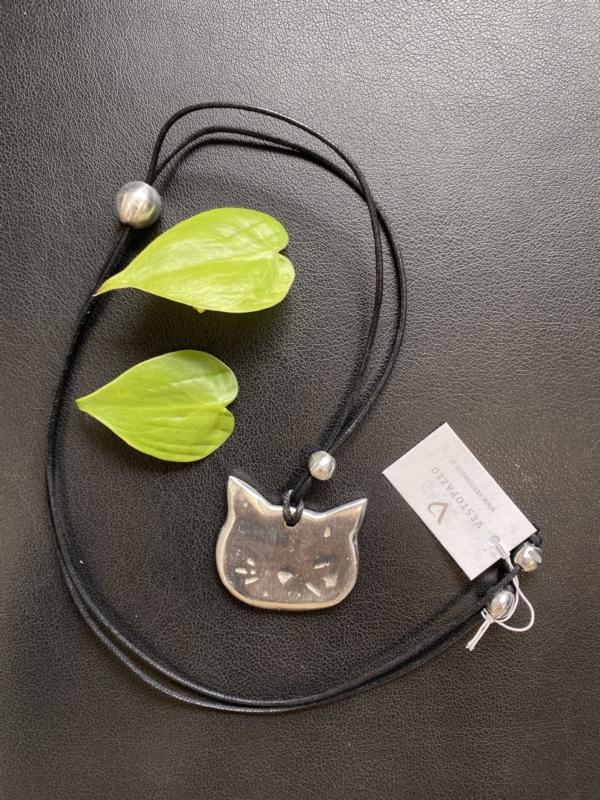 Collana Vestopazzo a forma di gattino