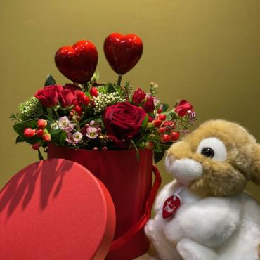 composizione san valentino con peluche trudi